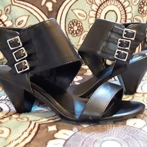 Black heels 8